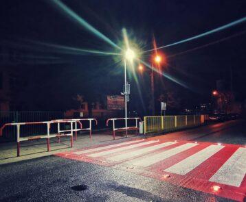 Bezpieczne przejście dla pieszych na ul. Łączańskiej już działa
