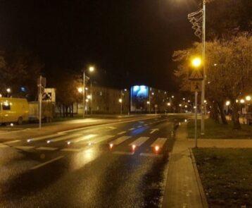 Podświetlane przejście dla pieszych przy ulicy Biernackiego w Opocznie